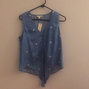 Blue Tank with Daisy Embroidery